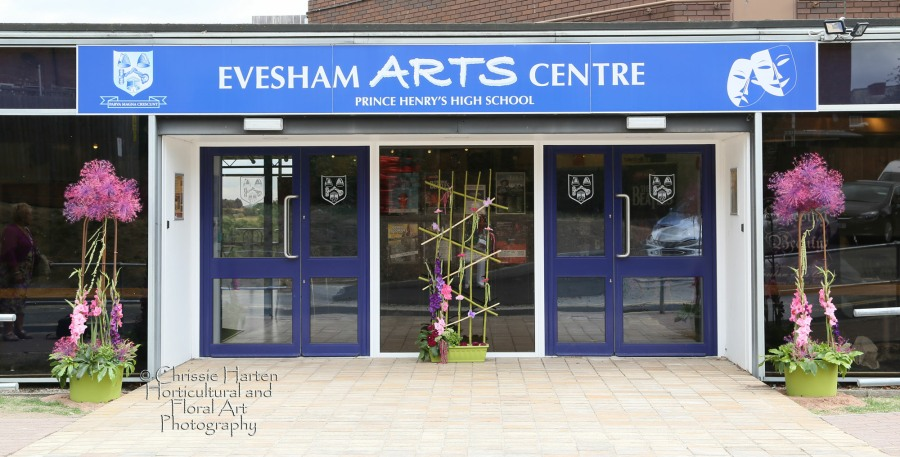 Beautiful decorations outside the Evesham Arts Centre