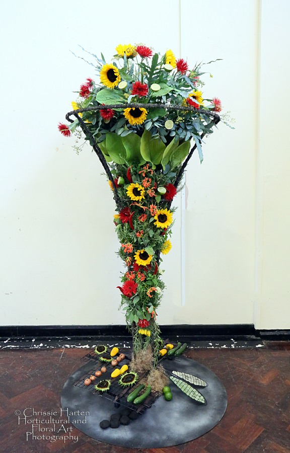 """Summer Magic"" (Club Class) - 1st AND BEST IN SHOW - Herefordshire Flower Guild (Pat Crane & Yolanda Campbell)"